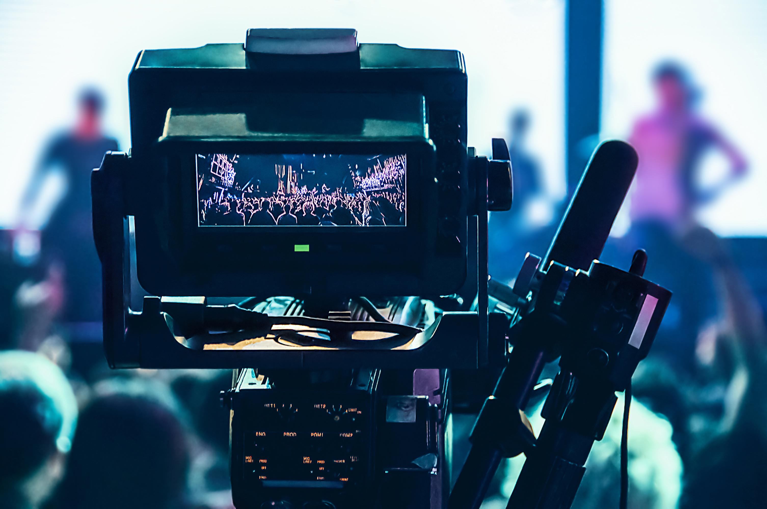 World Media - i need media crew members
